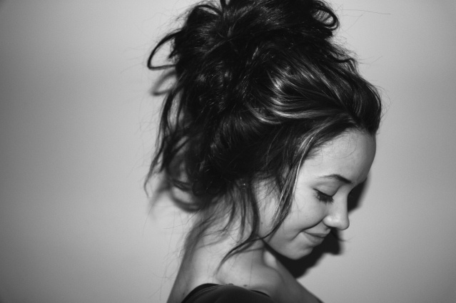 Cute up-do: Hair Ideas, Messybuns, Hairstyles, Messy Hair, Hair Styles, Hair Makeup, Messy Buns, Beauty, Updo