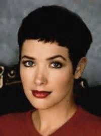 janine turner with short hair - Yahoo Image Search Results