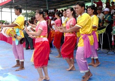 Step on #VinhChau to join in the #festival worshipping Sea has existed for hundreds of years with the meaning is to pray for peace for the country, safety for the people, good weather and a great harvest. #saigoncitytours #chrorumchec #vietnam #travel