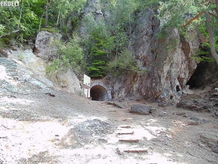 Torjai budos barlang. Europa legnagyobb mukodo mofettaja