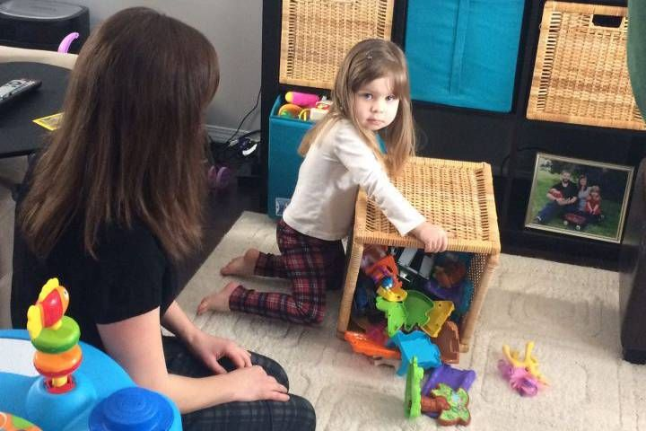 Overloaded with toys? Parenting coach offers tips to purge in peace | Globalnews.ca