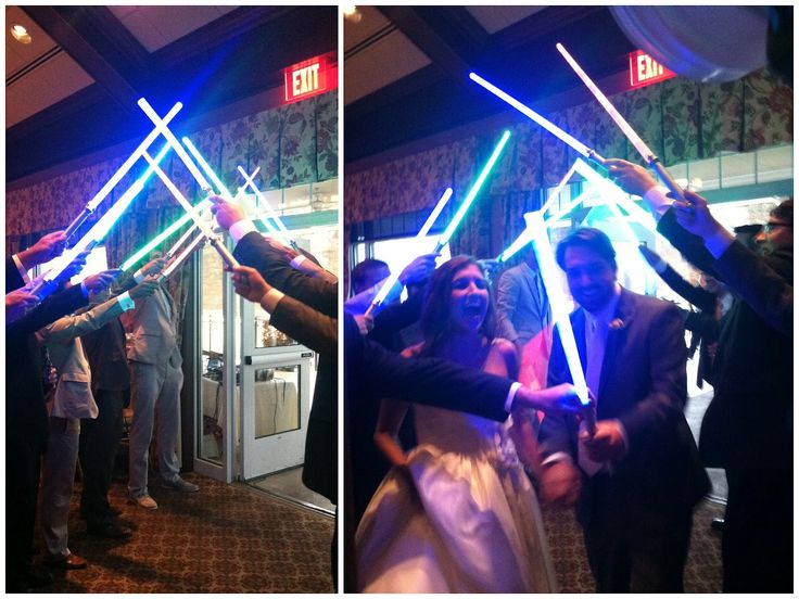 LED Wedding Awesomeness: Star Wars fans hold a lightsaber ...
