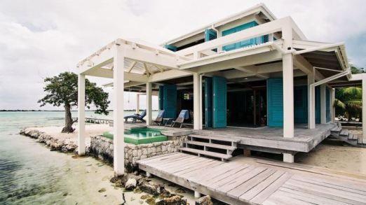 coastal-beach-house-exterior-shot-home0decor-tuvalu-home