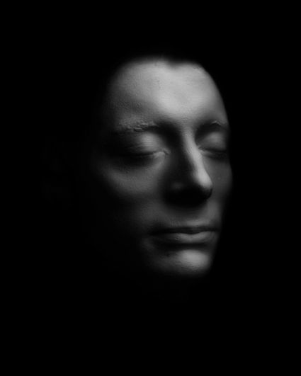 This is a life mask of Keats but wow what a photo!