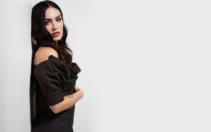 Megan Fox Transformers HD Wallpaper, Megan Fox Images, New Wallpapers