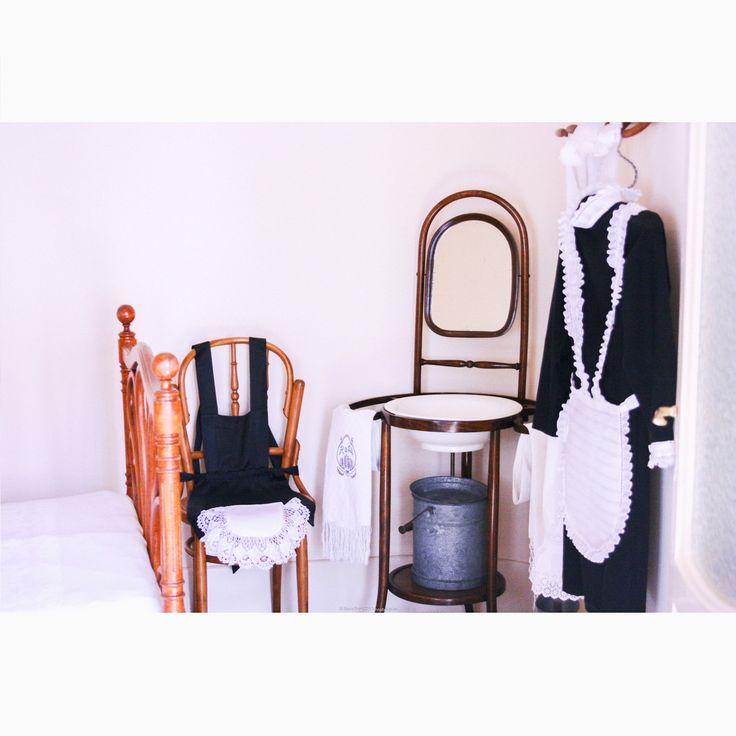 Если что, это умывальник, а не то, что вы подумали ;) *Квартира-музей, демонстрирующая типичный интерьер начала 20 в. в Барселоне. Дом Ла Педрера, или Дом Мила, Антонио Гауди  #барселона #испания #casamila #lapedrera #испанскийинтерьер #гауди #ретро #стильмодерн #модерн #интерьервстилемодерн #классическийстиль #классическийинтерьер #спальня #интерьерспальни #дизайнинтерьера #дизайнинтерьеров #интерьер #иннабюж #interiordesign