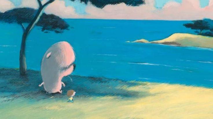 Ils étaient trois, trois amis, Léon le grand, Max le second et Rémi le plus petit. Quand ils se promenaient, Léon le grand étaient toujours devant, il adorait cela. Ainsi il disait à ses deux amis de regarder les voitures, et les nuages, et les grands arbres qui se balancent ! Derrière le grand dos de Léon, Max et Rémi, les deux plus petits, ne voyaient pas grand-chose, mais cela leur était égal, car derrière le grand dos de Léon, ils se sentaient bien. Ils marchaient en se tenant la main…