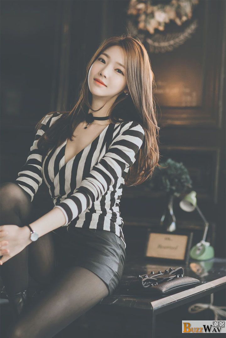 Jung Yoon is a South Korean model, she has fair skin, delicate features and a very slim figure, she has been featured in many fashion shoot for different vendors, and her popularity has been increasing as more people start taking notice of her.