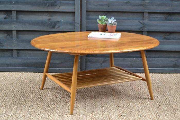 Grande table basse par Ercol