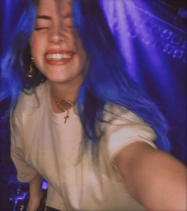 """Billie Eilish Brasil on Instagram: """"Lembrando que... Segundo a Billboard, Billie pode ser a pessoa mais jovem a ser nomeada para os 4 maiores prêmios do 62° Grammy - álbum,…"""""""