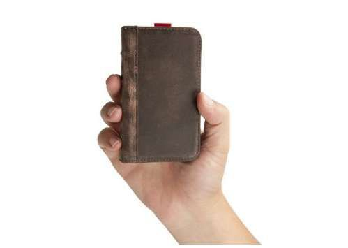 Handmade Leather iPhone 4/4S Wallet Case by BookBook http://coolpile.com/gear-magazine/handmade-leather-iphone-4-4s-wallet-case-by-bookbook/ via @CoolPile $50