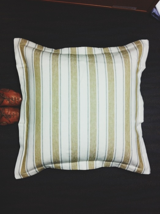 We love this Mustard striped sham, Galena, now on sale at Peacock AlleyStripes Shams, Bedrooms Makeovers, Ella Gabler, Master Bedrooms, Chic Style, Shams Exud, Comforters, Peacocks Alley, Mustard Stripes