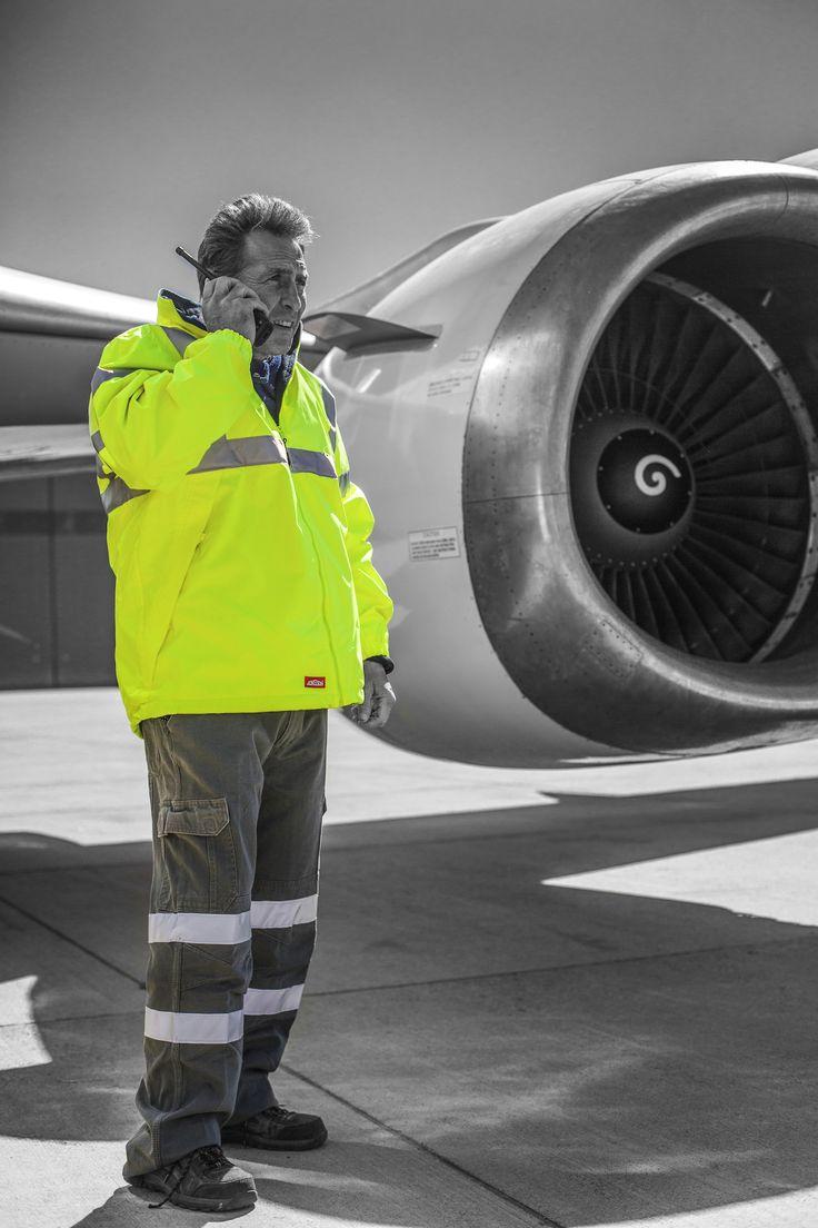 #JonssonWorkwear #Work #Workwear #Safety #Fly #Aeroplane #Clothing #Photography
