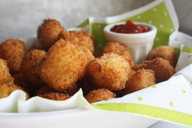 Homemade tater tots from the Pioneer Woman!