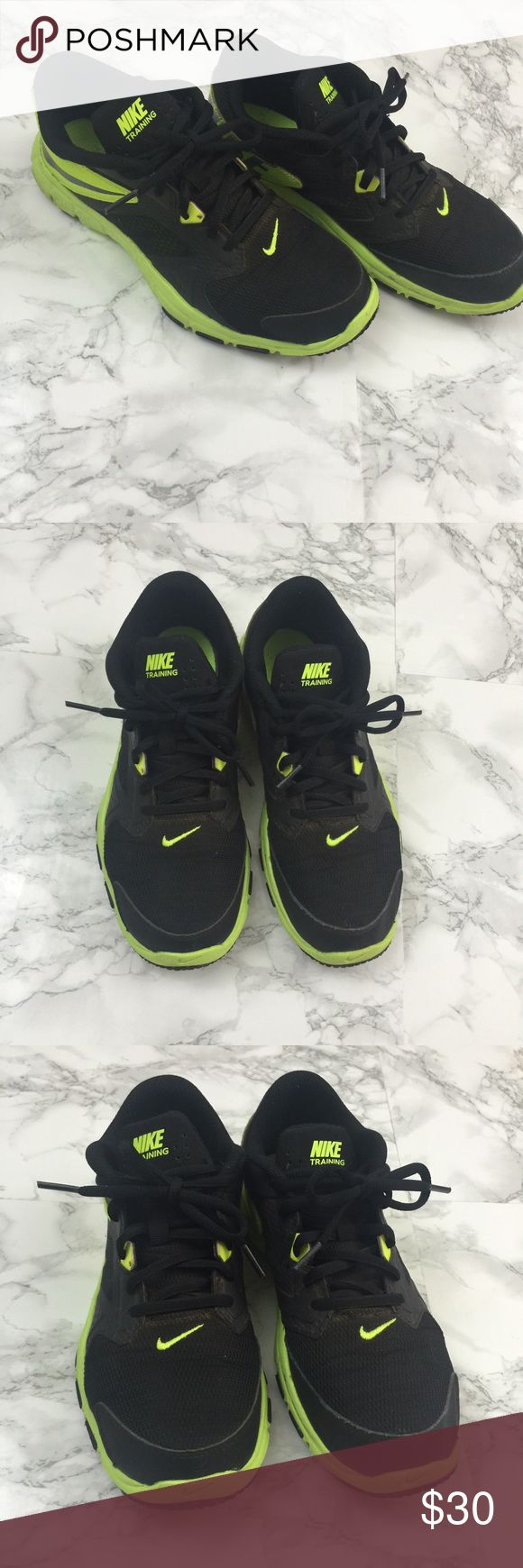 Boys Nike Training Shoes Black Youth Size 6 Nike Training Boys shoe, size 6Y. See pictures for details. May require some cleaning. Nike Shoes Sneakers