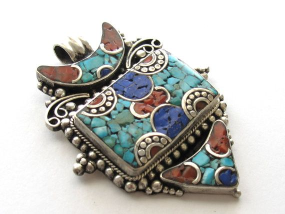 Tibetan arrow head shape pendant inlaid with lapis turquoise and coral - PM079