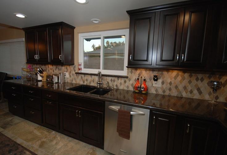 25+ best images about Kitchen backsplash on Pinterest ... on Backsplash Ideas For Dark Cabinets And Dark Countertops  id=31981