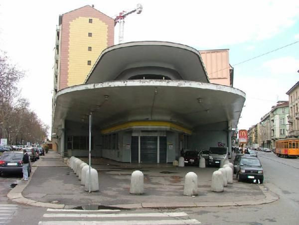Mario Bacciocchi  Agip petrol station Milan