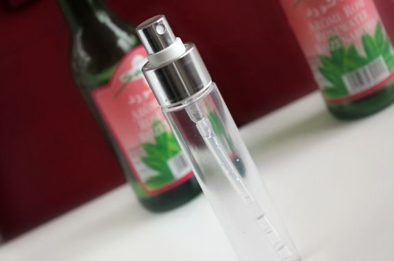 rozenwater gebruik huid-gezicht-voeding