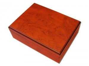 Personalised Humidor Wood Red Brown is a perfect present to your dear ones. It will be yours with only £80.00 from We Get Personal UK. Humidor Wood Red Brown with engraving. Choose engraving text, font and text size. Free shipping, 3-5 days delivery time. Order today!