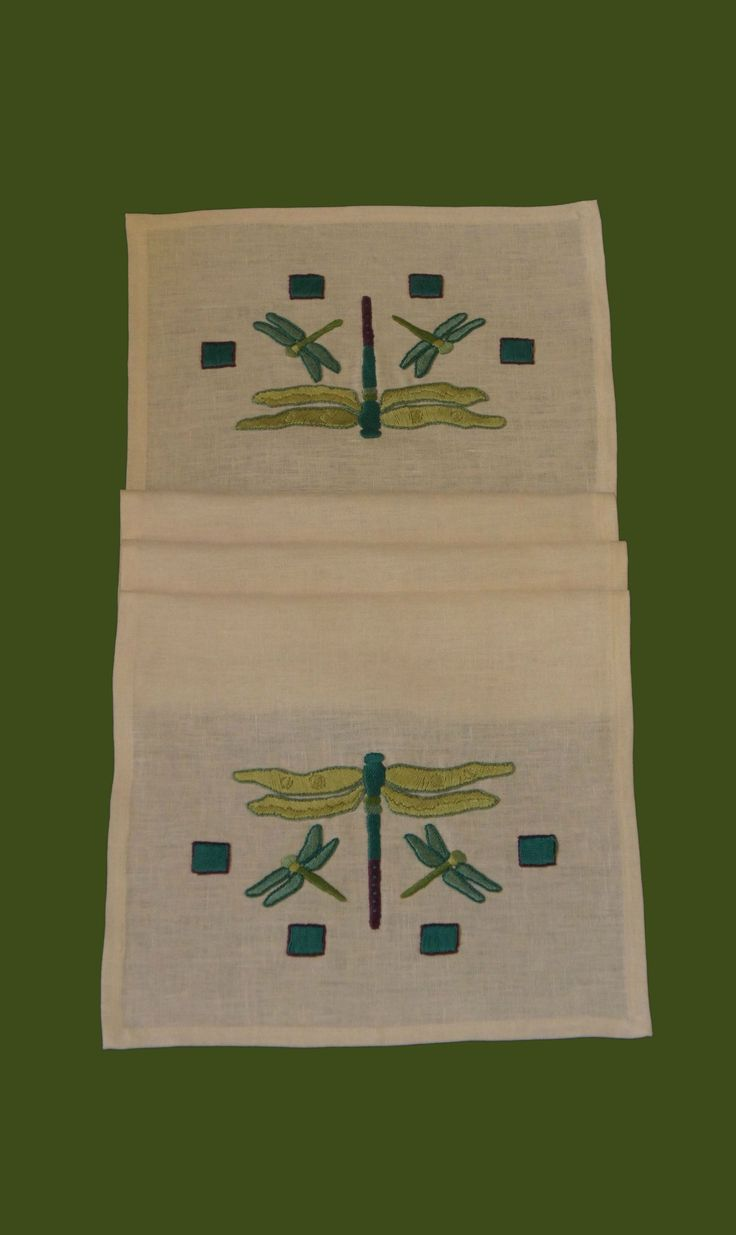 Arts and crafts style bedding - Craftsman Style Textiles Hand Embroidery Dragonfly Arts Crafts Stitches Www Acstitches