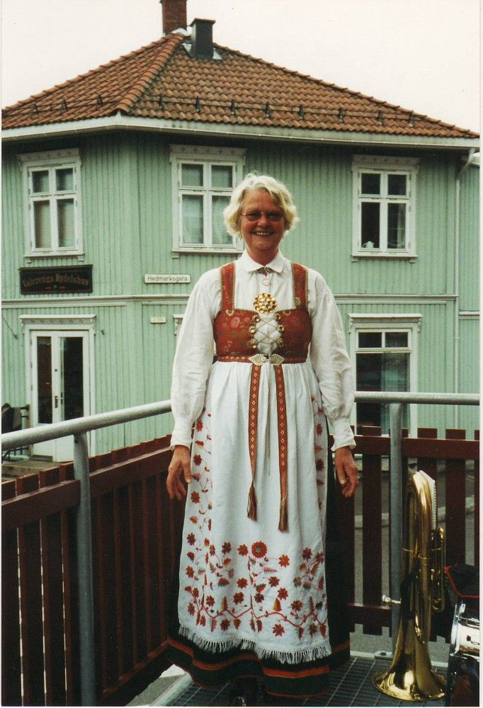 Aust Agder Åmli Nina in her Åmlibunad Notice the beautiful apron with all its embroideries!