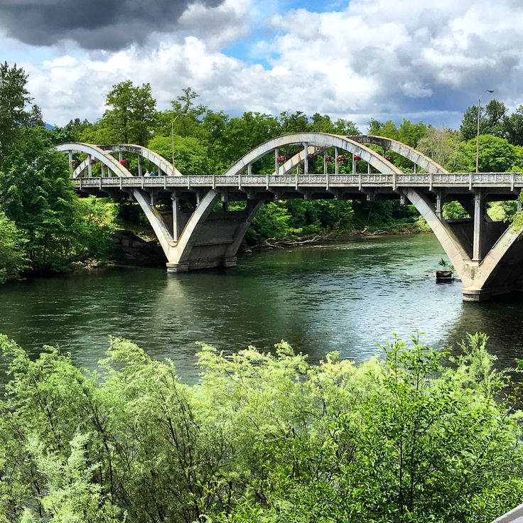 Grants Pass, Oregon Bridge over the Rogue River                                                                                                                                                                                 More