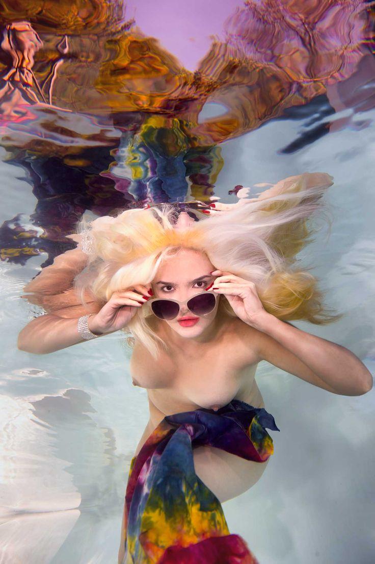 "harrymartin: ""Rad Radia Underwater """