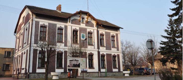 W gminie Brzeszcze mieszkańcy chcą odwołania burmistrz Cecylii Ślusarczyk  http://referendumlokalne.pl/w-gminie-brzeszcze-mieszkancy-chca-odwolania-burmistrz-cecylii-slusarczyk/