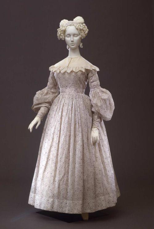 Dress1835-1838Collection Galleria del Costume di Palazzo Pitti