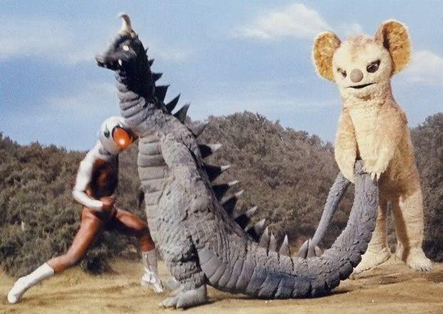 ファイヤーマン, 原始怪獣マクノザウルス, 宇宙怪獣ムクムク/ from left: Fireman, Maknosaurus & Muku-Muku from 'Fireman' 1973