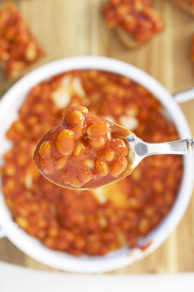 Homemade healthy baked beans. No added sugar or salt making it perfect for kids and babies doing blw (baby-led weaning)