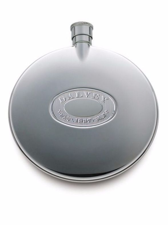 This 125ml stainless steel Dalvey hipflask is the perfect gift for groomsmen and ushers.
