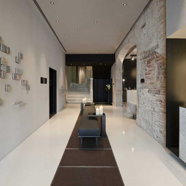 : Valencia Spain, Caro Hotels, Carohotel, Francesc Rifé, Hotels Interiors, Interiors Design, Rifé Studios, Black Wall, Modern Design