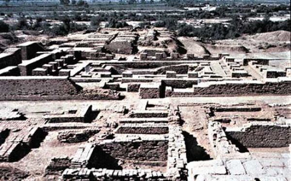 In the Indus Valley, the cities of Harappa and Mohenjo Daro were discovered. The cities were so sophisticated and well-planned, that archaeologists believe they were conceived as a whole before construction on them begun.