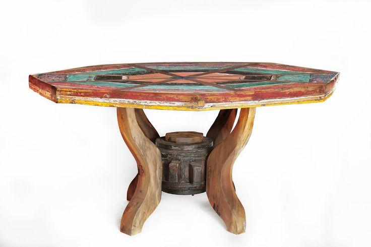 63 best meubles en bois de bateau recycl old boat for Table exterieur octogonale