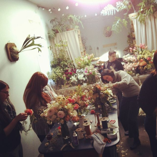 Little Flower School - dream.: Flower Arrangements, Flower School S, Class, Coffee Shop, Little Flower School, Floral