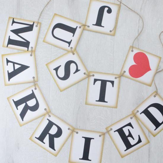 結婚式で使用するガーランドの販売を行なっております。シンプルなガーランドは海外でも大人気。