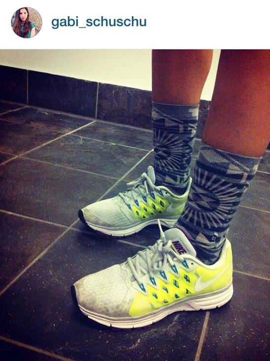Nike meets stance socks. Nice workout outfit for the gym.