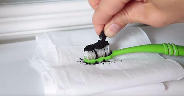 активированный уголь в очищающих масках