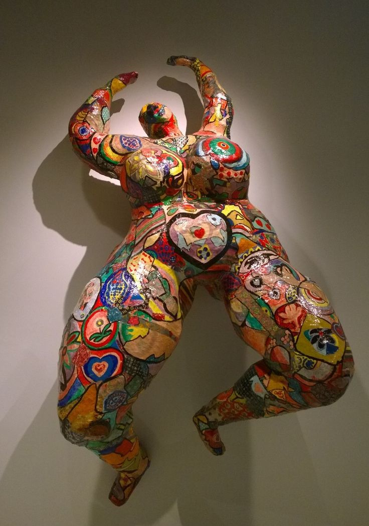 Niki de Saint Phalle - Lili ou Tony, 1965, peinture, tissus, papier colle, résine polyester, grillage.