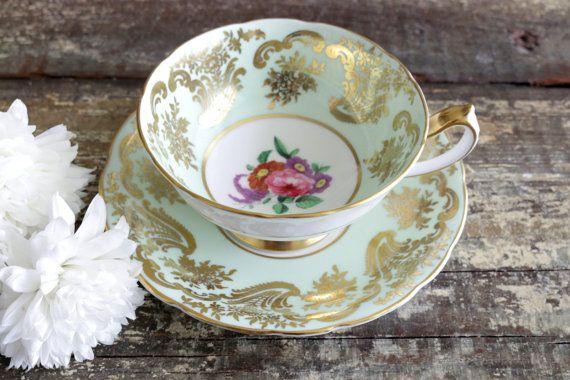 Set tazza e piattino vintage realizzati in di HouseOfAndaloo