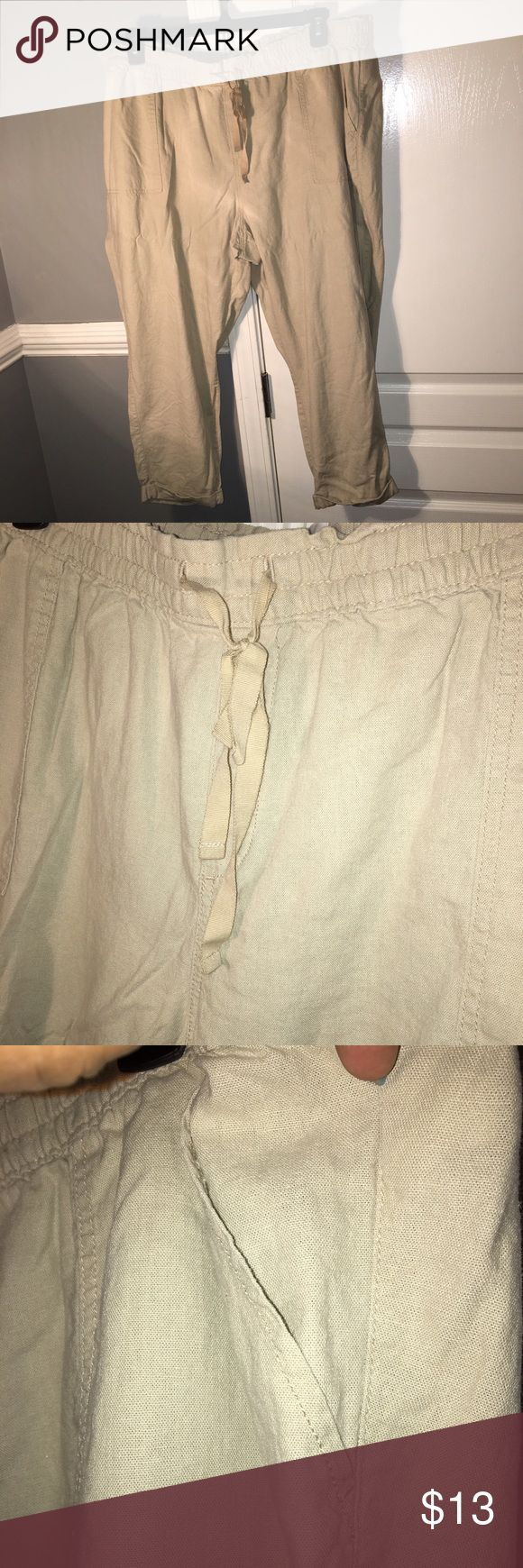 """Plus size length ankle pants Khaki linen pants. Elastic waist with functional drawstring. Side and back pockets. Fixed rolled hem. Inseam measures approximately 24"""". Size XXL. Old Navy. Old Navy Pants Ankle & Cropped"""