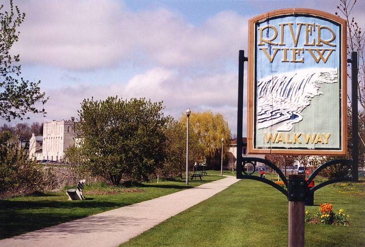Riverview Walkway