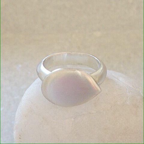 Lotus Ring – Eran Naylor Jewellery