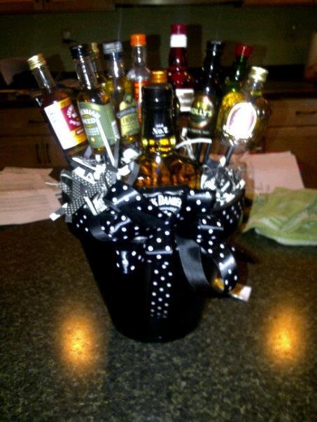 Men S Liquor Gift Basket 75 00 Via Etsy Diy Candy