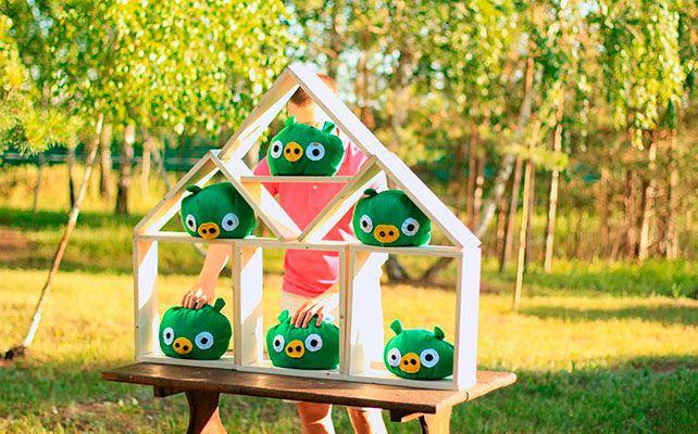 игра Angry Birds на свадьбе
