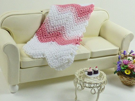 Dollhouse Accessories Miniature Décor Pink Chevron Ripple