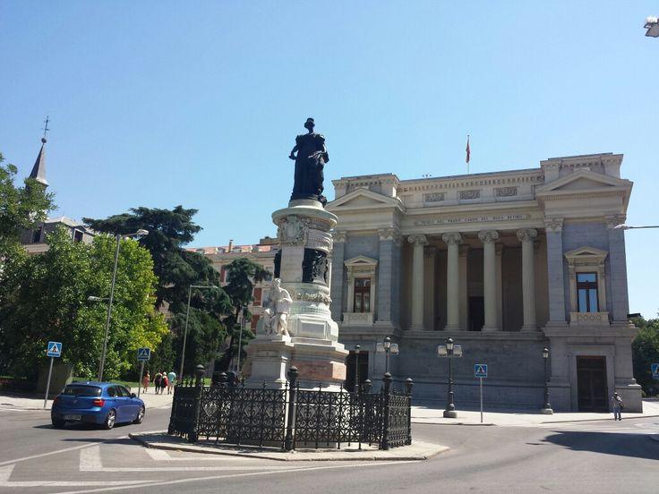 Maria Cristina de Borbon, Madrid