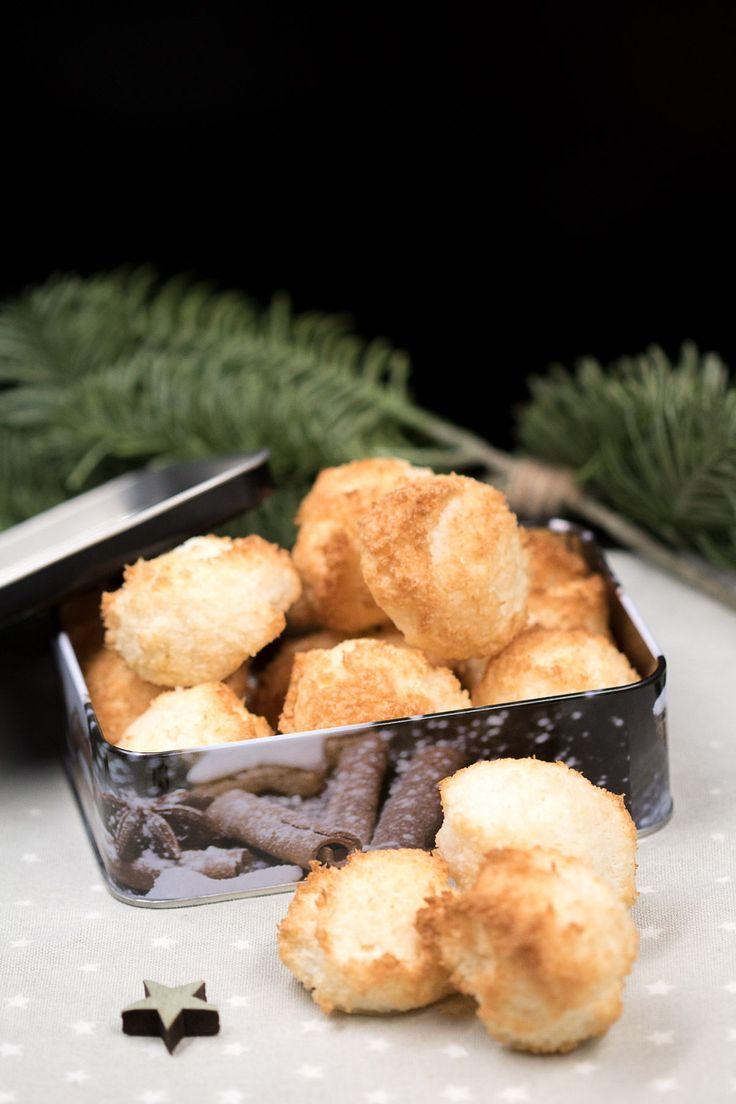 kokosmakronen geh ren zu jeder weihnachtszeit foodblogliebe community board leckere low carb. Black Bedroom Furniture Sets. Home Design Ideas